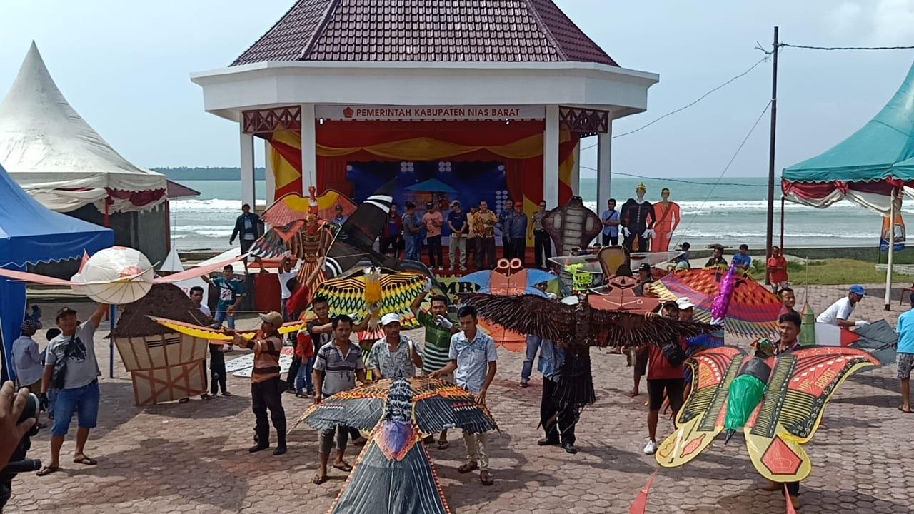 Festival Layang-layang Sail Nias 2019