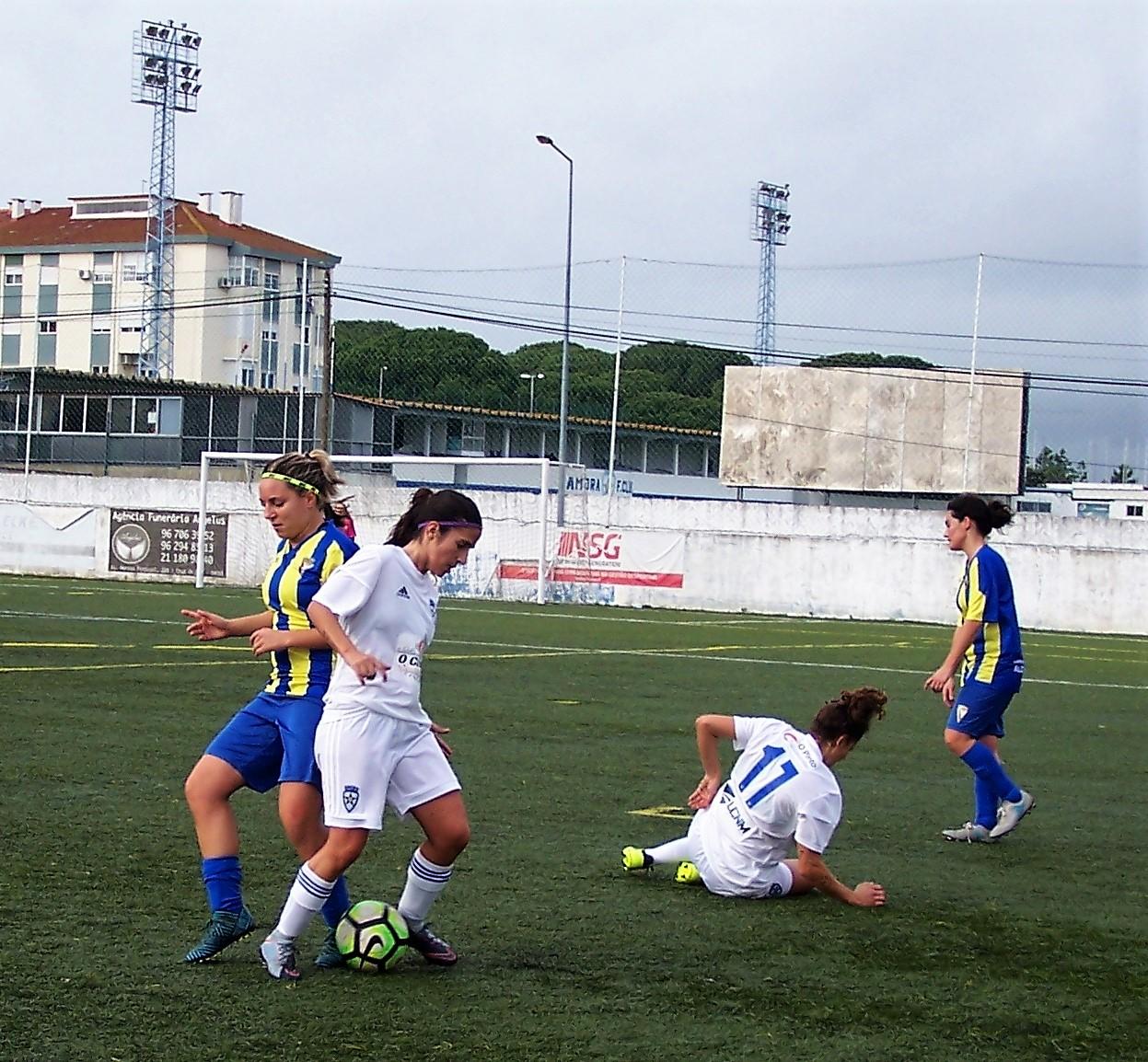 5de7e6d97e FUTEBOL FEMININO»» Balanço das equipas da região no Campeonato de ...