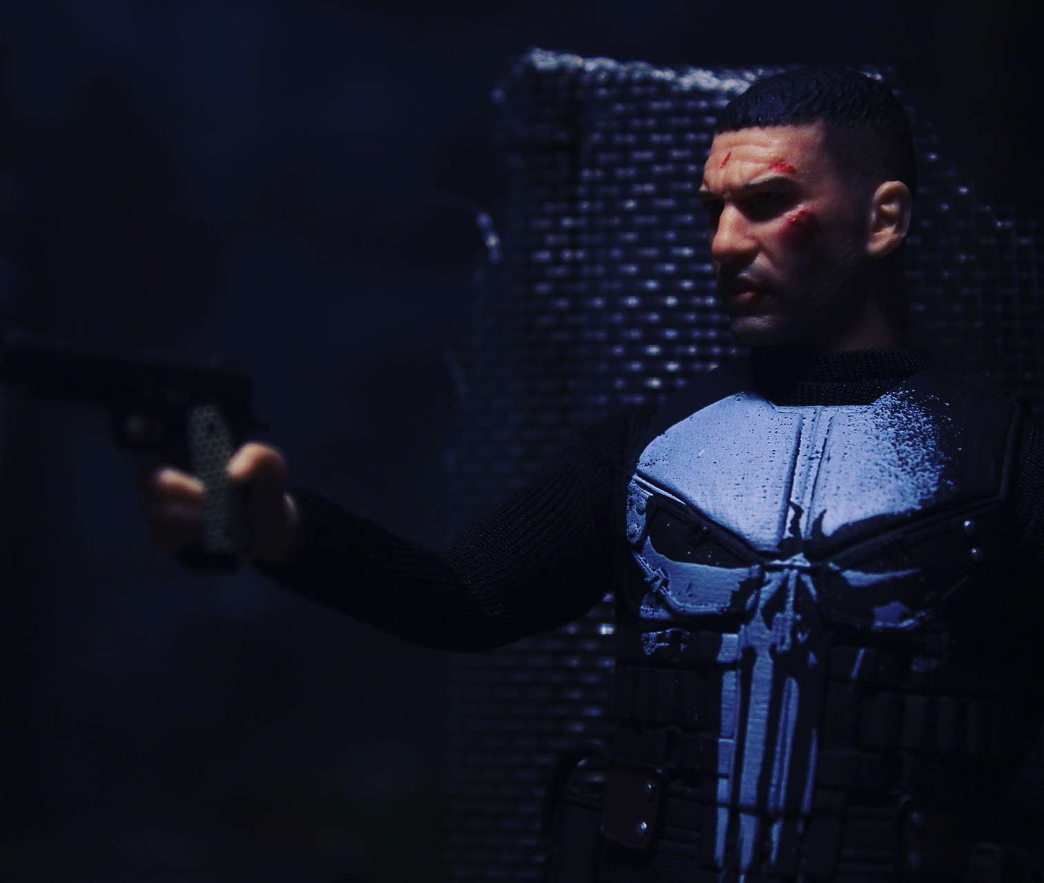 CobraShadowJoes: Mezco Toyz Netflix Punisher Review