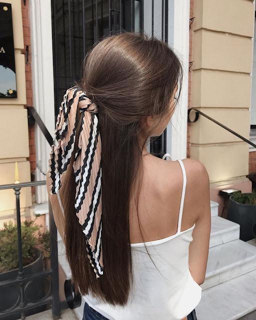 Peinados con pañuelos semirecogido coleta