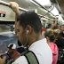 Campanha pede que usuários usem fones de ouvido no transporte publico