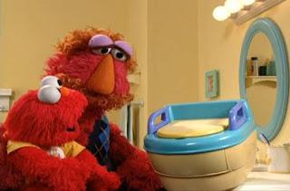Louie bought a potty for baby Elmo. Sesame Street Elmo's Potty Time