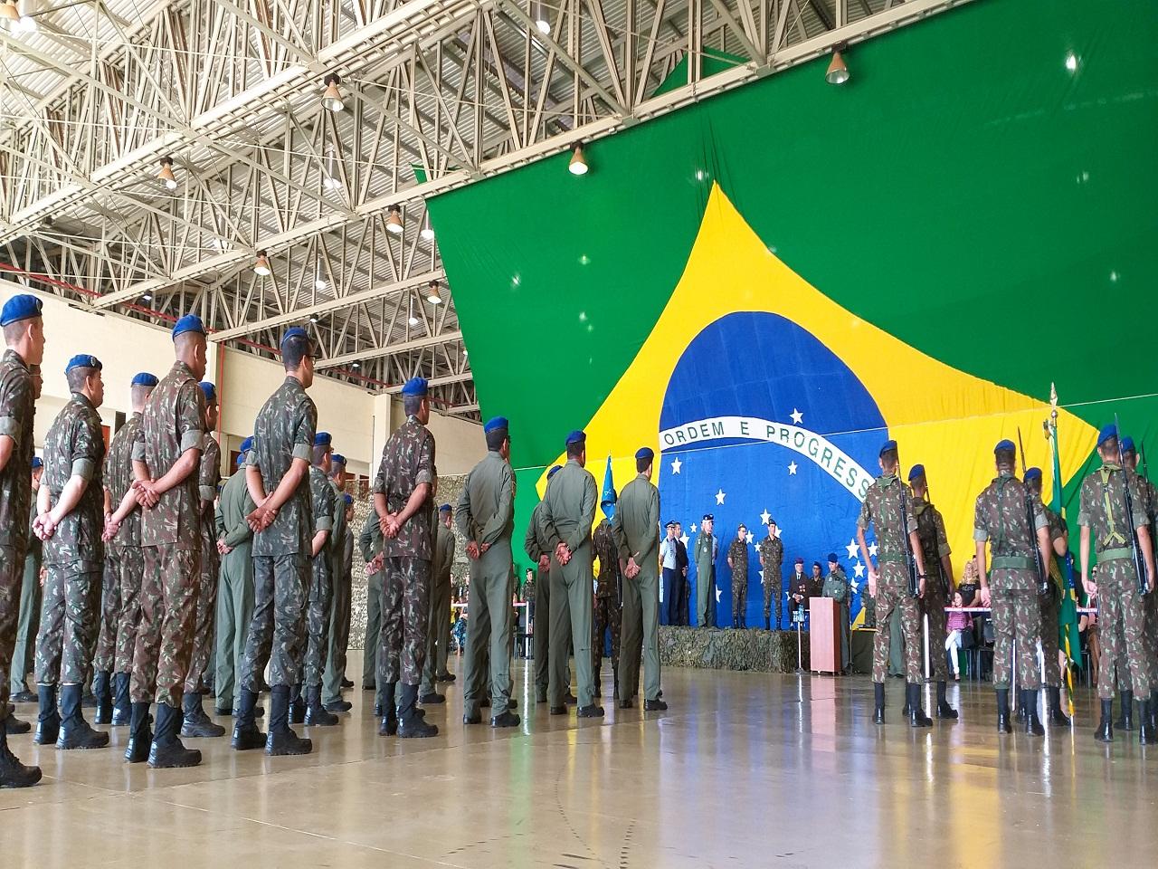 06fdcbcdc81ba Assuntos Militares  Comando Militar do Oeste comemora em solenidade ...