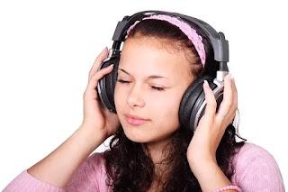 Efek sering mendengarkan lagu saat sedang sedih