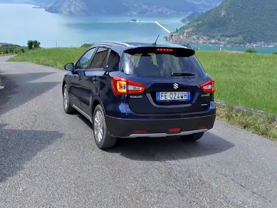 2017 Suzuki S-Cross Facelift Rear-view-Hd-Images