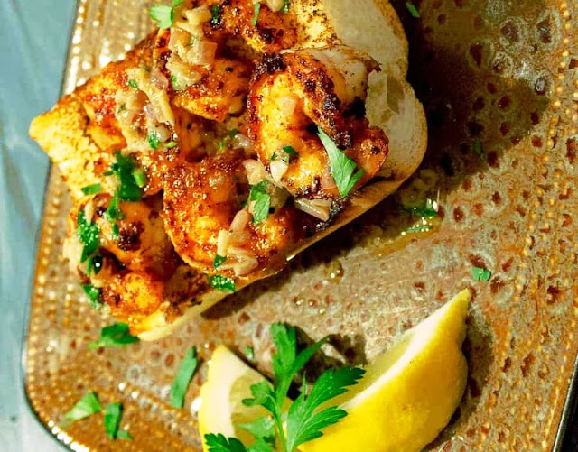 Spicy Shrimp Toast With Garlic Butter and Lemon - 4