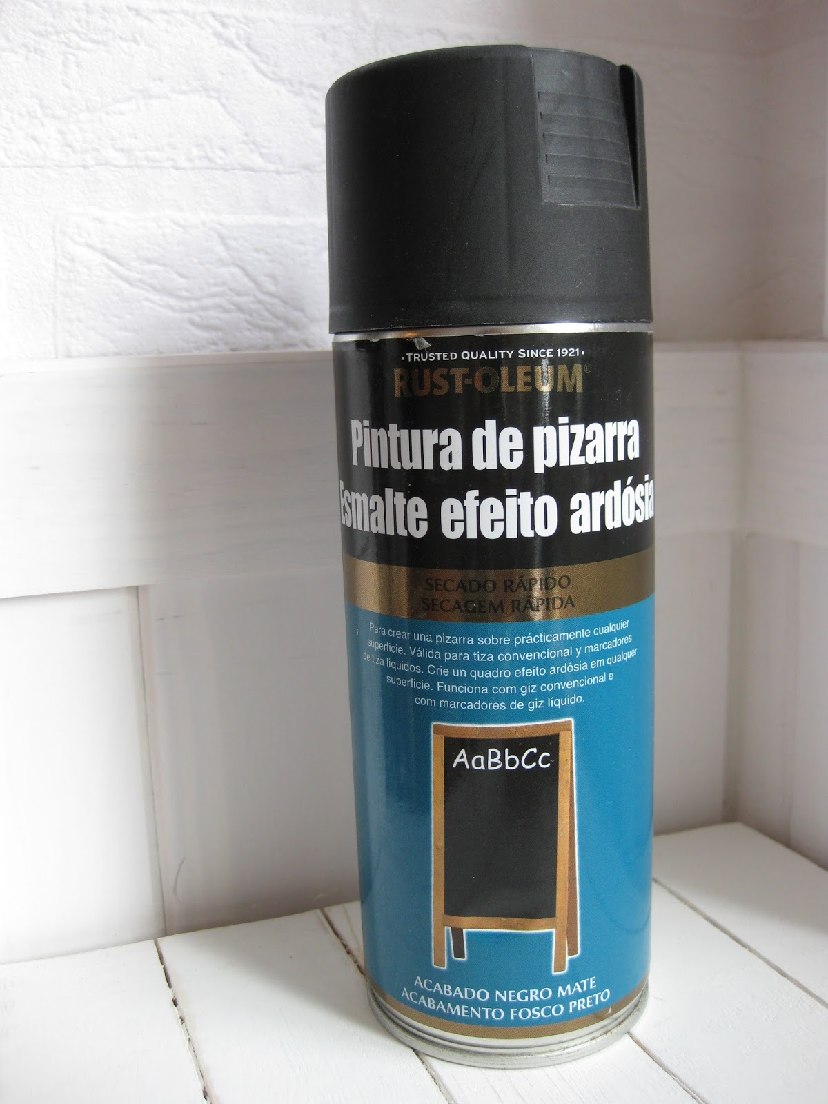 Pintura De Pizarra Para Pared Diy Crear Una Pared Pizarra Con Pintura En Spray Handbox