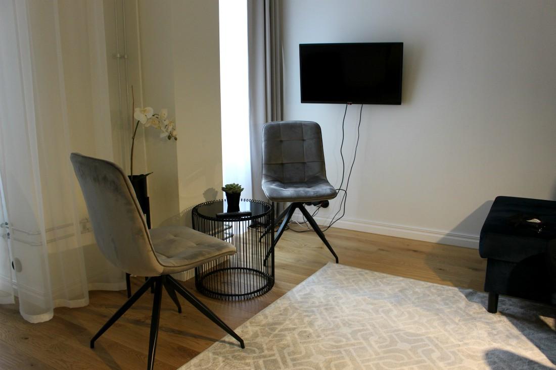 Estonishing Stay, Rouva Sana, Tallinna