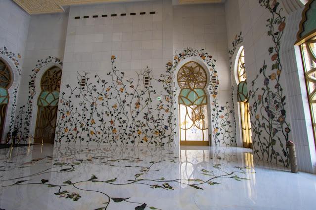 Moschea dello sceicco Zayed Abu Dhabi interni