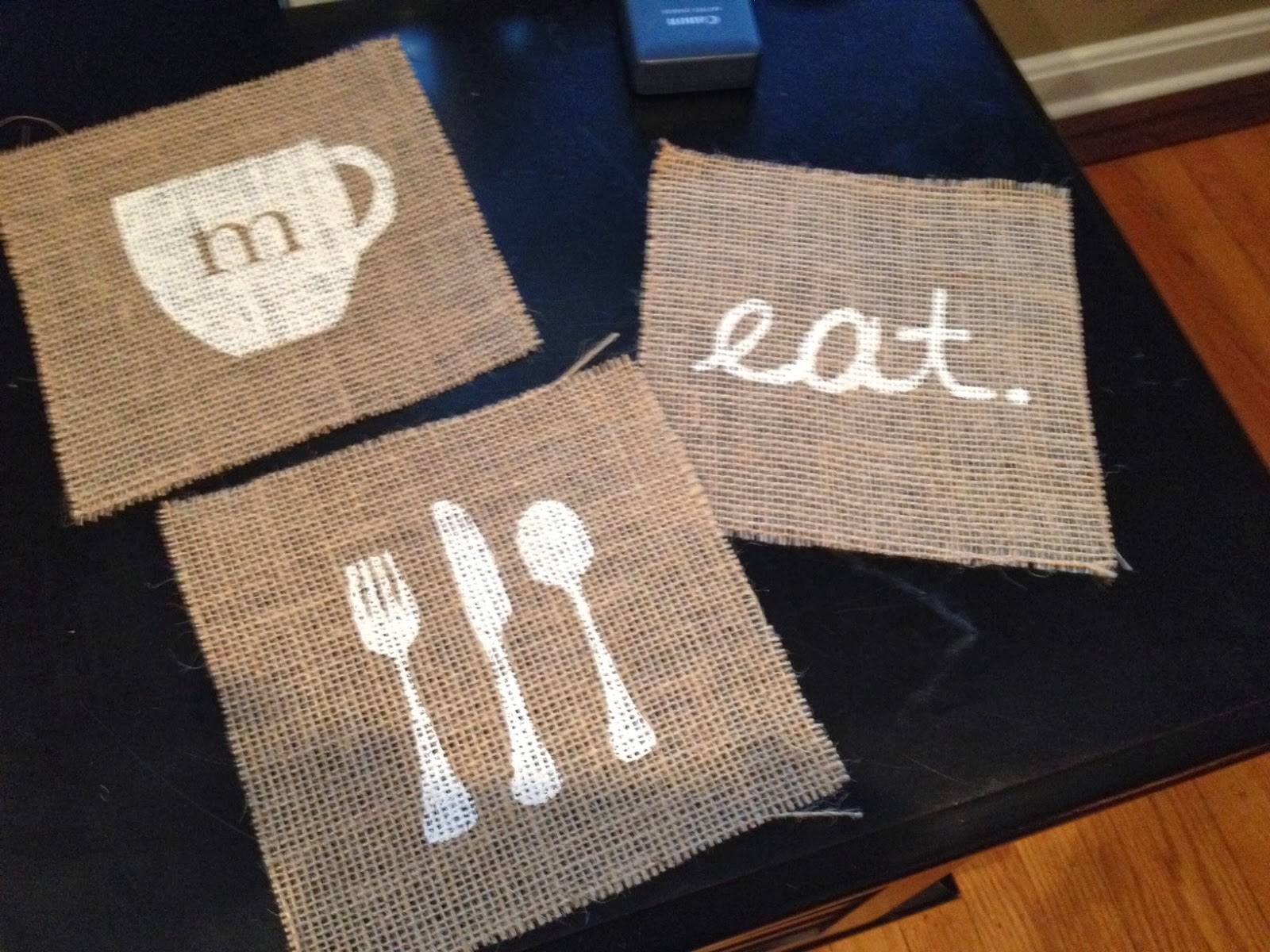 Kitchen art, DIY, do it yourself, Silhouette tutorial, Silhouette Studio, burlap