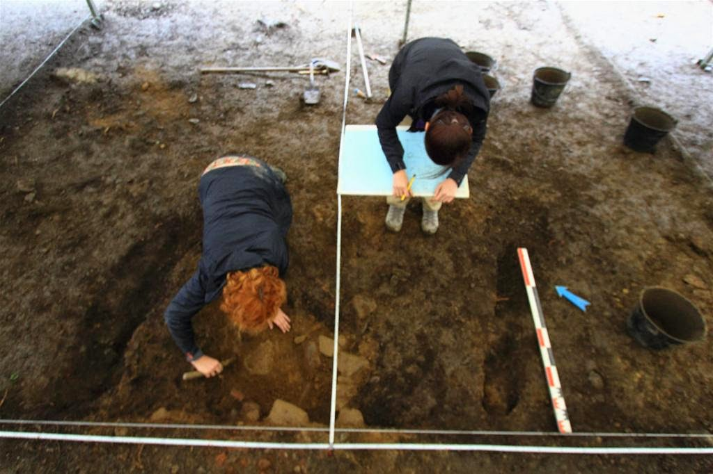 Archaeologists study Celtic 'oppidum' in France