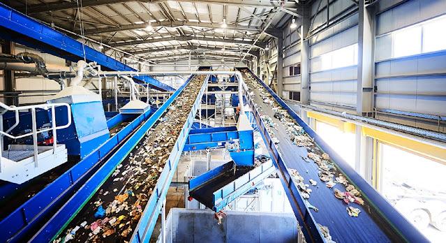 Παραδίδεται στην Περιφέρεια το πρόγραμμα κατασκευής των 5 εργοταξίων για την διαχείριση των απορριμμάτων