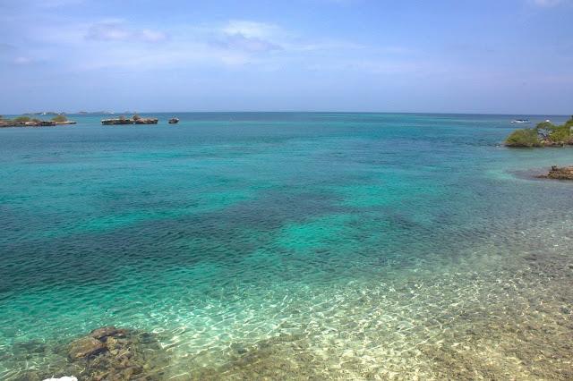 O mar do caribe colmbiano.