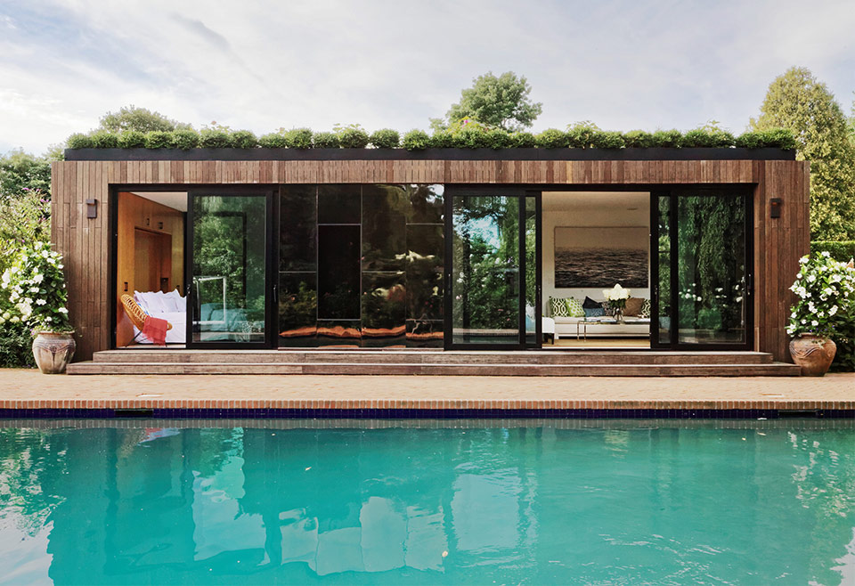 Desain Rumah 1 Lantai Dengan Kolam Renang