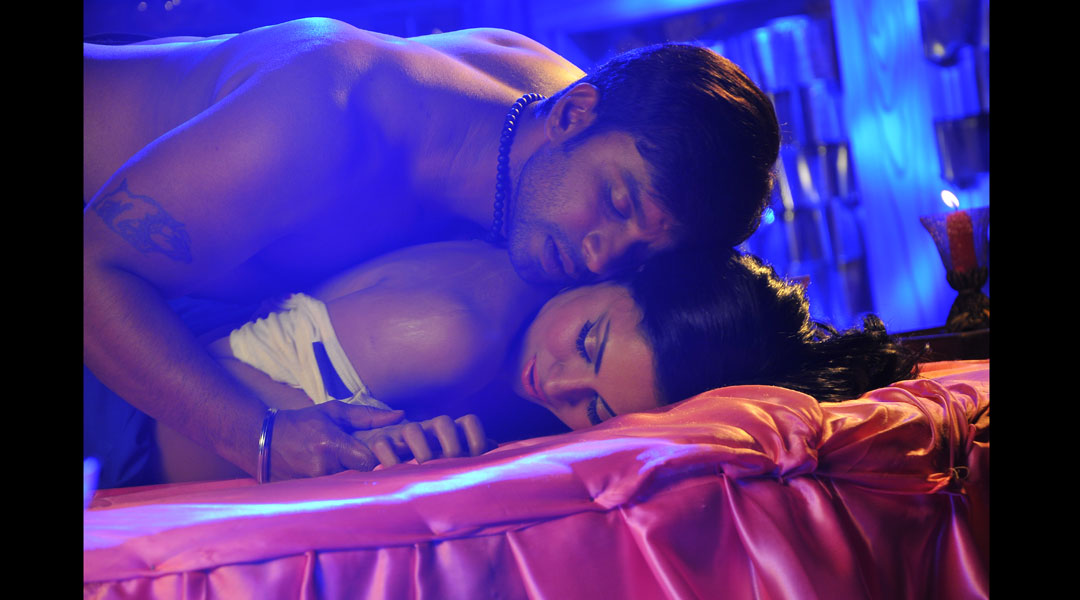 Veena malik latest nude scene, free hq prolapse pic