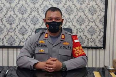 15 Personil Polsek Sawangan Siaga di Pos Penyekatan BSI