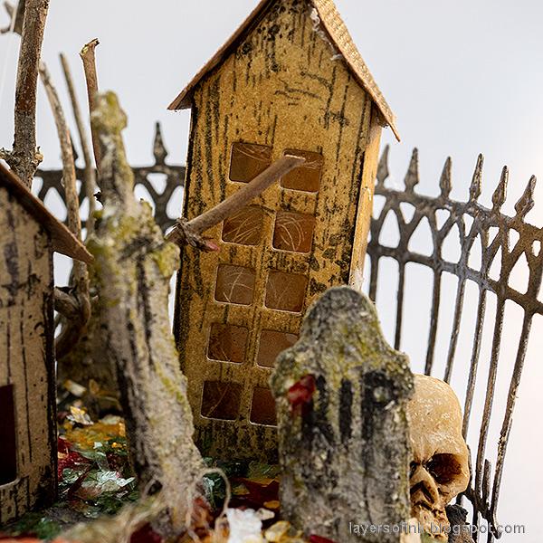 Layers of ink - Halloween Village Ornament Tutorial by Anna-Karin Evaldsson.