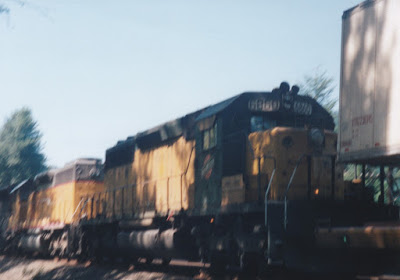 Chicago & North Western SD40-2 #6860 at Hampton, Oregon, on July 20, 1997