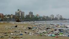 Butuh 88 Minggu Untuk Mengembalikan Kecantikan Pantai Versova, Mumbai, India