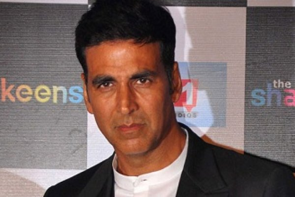 Surgical-strikes-bomb-breaks-Akshay-Kumar