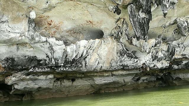 กรมศิลปากรเคยมา ทำการศึกษาแล้ว ปรากฏว่ามีอายุไม่ต่ำกว่า 3,000 ปี สันนิษฐานว่าเป็นภาพวาดโดยนักเดินเรือ สมัยโบราณ