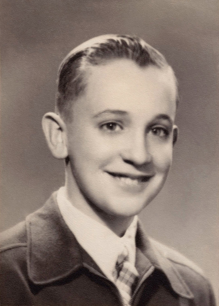 30 Pictures Of World Leaders In Their Youth That Will Leave You Speechless - Pope Francis As A Young Boy