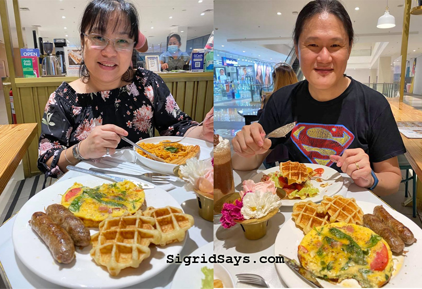 Rianne's Churreria, Bacolod eats, Bacolod cafe, Bacolod restaurants, food delivery, Rianne's Churreria delivers, foodpanda, GrabFood, Maxim, Ayala Malls Capitol Central, food delivery app, Rianne's Churreria branches, Raechel's Coffee Roasters, coffee, coffee beans, ground coffee, premium coffee, Italian breakfast, churros con chocolate, stuffed churros, Italian sausage, The District North Point, coffee gifts, gift boxes, pasta, frappe, fraps, hot coffee, espresso