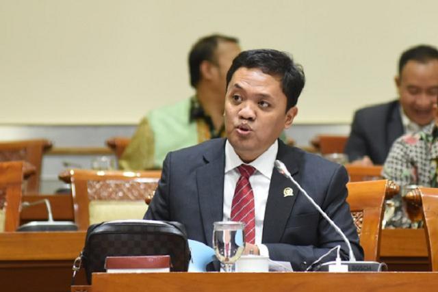 Soal Kasus Santri Calon Teroris, Komisi III ke Denny Siregar: Minta Maaf Sekarang, Kalau Tidak...