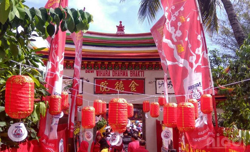 perayaan imlek vihara dharma bhakti, perayaan cap go meh Vihara Dharma Bhakti, imlek Kelenteng Kim Tek Ie, Glodok Petak Sembilan Jakarta Barat