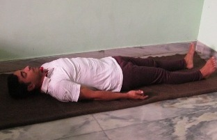 letmesay.in Position of body in Shava asan or Corpse pose