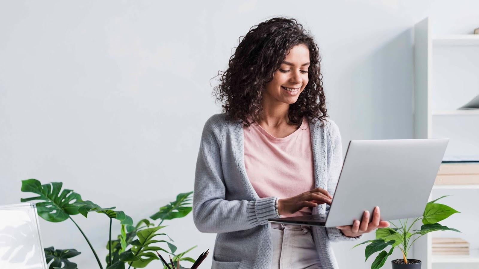 Cara Menggunakan Laptop yang Baik dan Benar