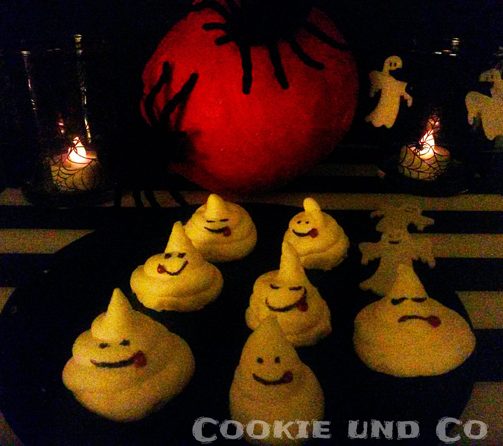 cookie und co kleine baiser geister f r halloween glutenfrei. Black Bedroom Furniture Sets. Home Design Ideas