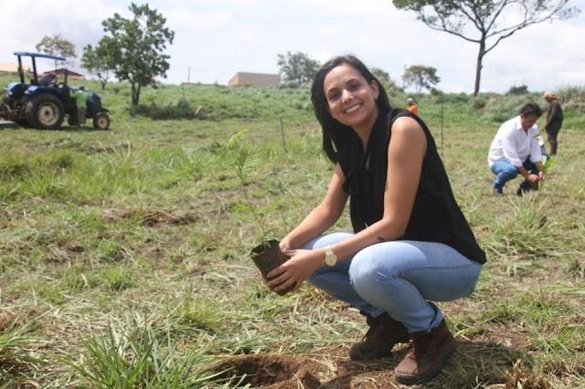 Senador Canedo participa do Projeto Virada Ambiental