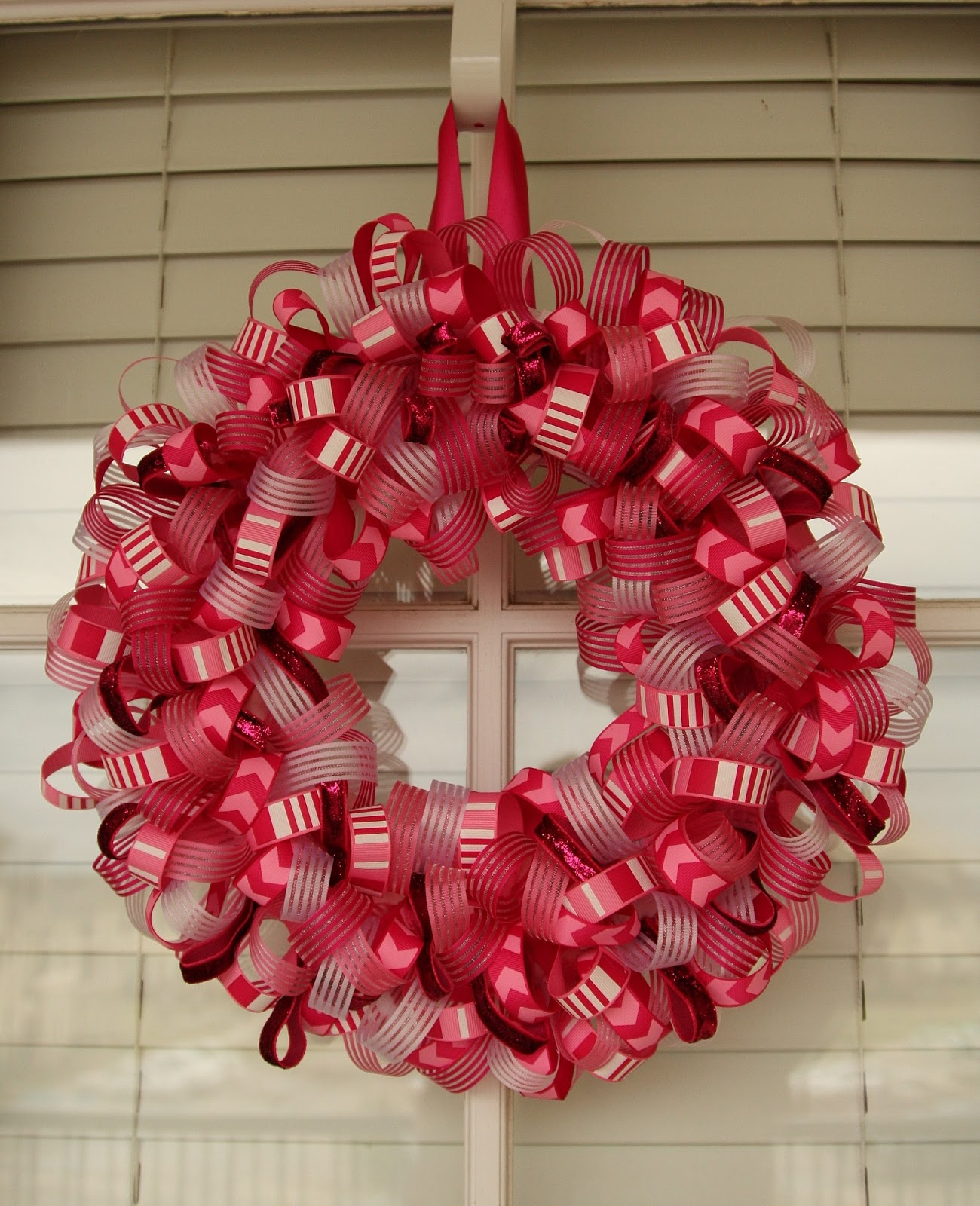 Living My Charmed Life: Ribbon Wreath Tutorial