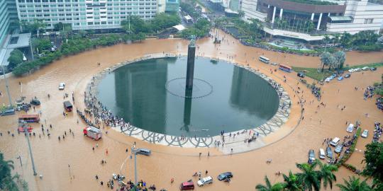 Usaha Pengendalian Banjir di Jakarta - berbagaireviews.com