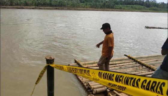 Polisi Identifikasi Mayat Tanpa Identitas Berseragam Sepakbola yang Ditemukan Mengambang di Sungai Ciujung