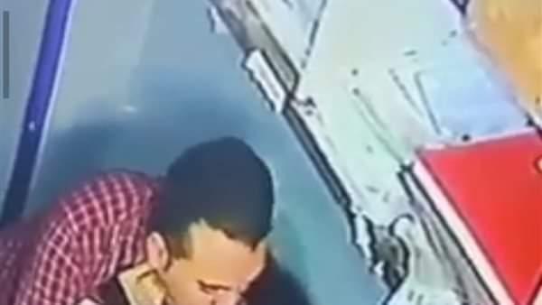 موظف يعتدى على طفلة داخل مكتب بالجيزة وكاميرات المراقبة فضحته