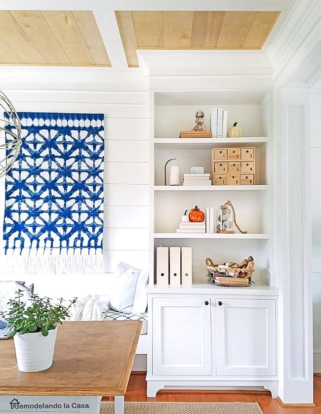 DIY - Built-in unit in dining room