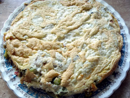 Frittata with asparagus by Laka kuharica: slide onto a plate.