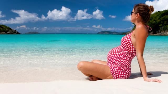 Saat hamil, kapankah waktu yang paling aman untuk pergi berlibur?