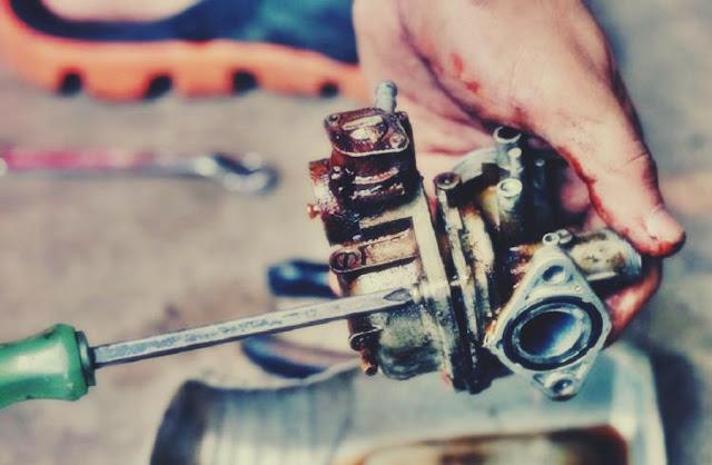 karburator motor banjir rusak