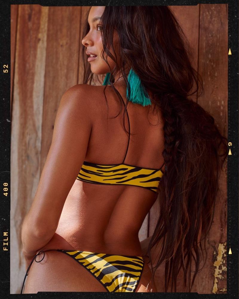 Lais Ribeiro poses for Tropic of C Verano Caliente swimsuit campaign.