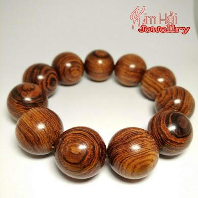 vòng chuối hạt gỗ sưa
