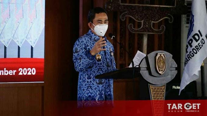 Hadiri Pengukuhan PPDI, Bupati Harapkan Perangkat Desa Ikut Kampanyekan Gerakan Pakai Masker