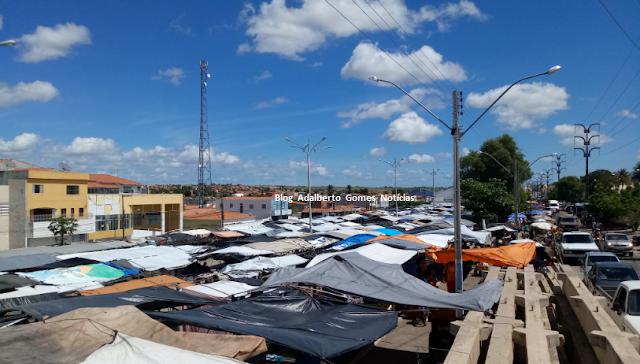 Feira livre em Delmiro Gouveia é antecipada para esta quinta-feira, 27  e sexta-feira, 28