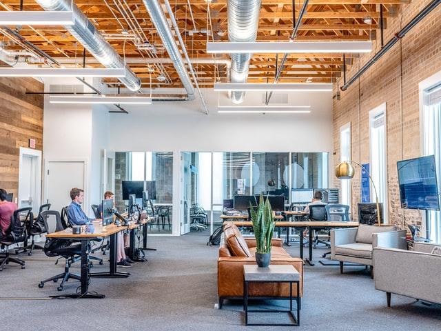 aprende ingles trabajo empresa sala oficina ordenadores informatica