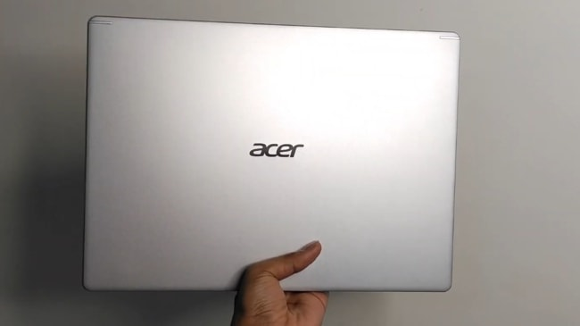 Acer Aspire 5 A514-52G laptop.