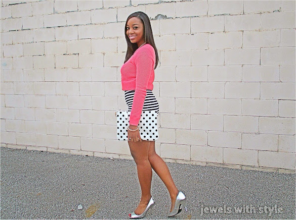 jewels with style, black fashion blogger, polka dots and stripes, pink shirt, mixing prints, black and white outfit, polka dot purse, hide your body flaws, highlight your best body parts, hide your body flaws,  pink and black