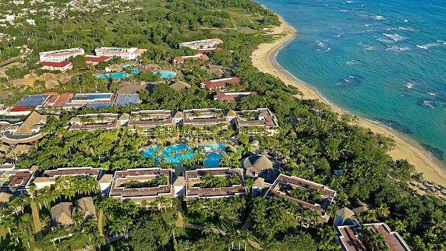 The Iberostar Costa Dorada hotel is located on the large, golden, sandy Costa Dorada beachfront, just 10 minutes from the city of Puerto Plata on the Dominican Republic.