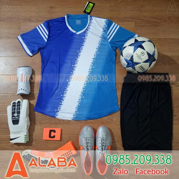 Áo bóng đá không logo màu xanh hot